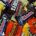 A bunch of candies for Halloween night could be the culprit for an emergency trip to the veterinary